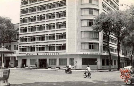 nha-hang-hotel-caravelle-1959-2