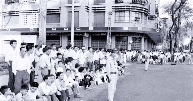 Image result for Trung Học Gia Long, Saigon thời 60-70